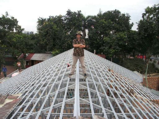 model atap baja ringan